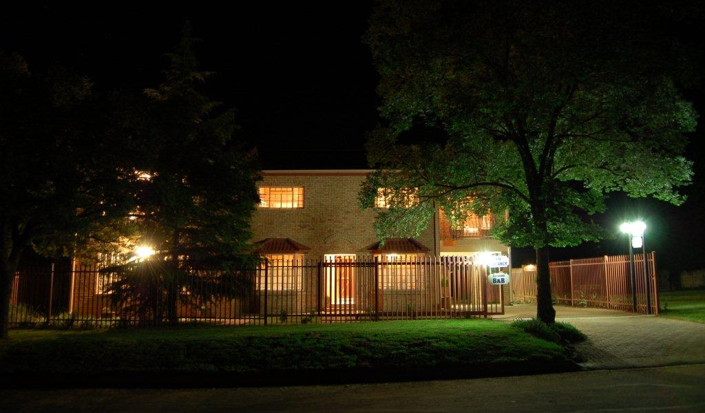 Eddies guest house at night